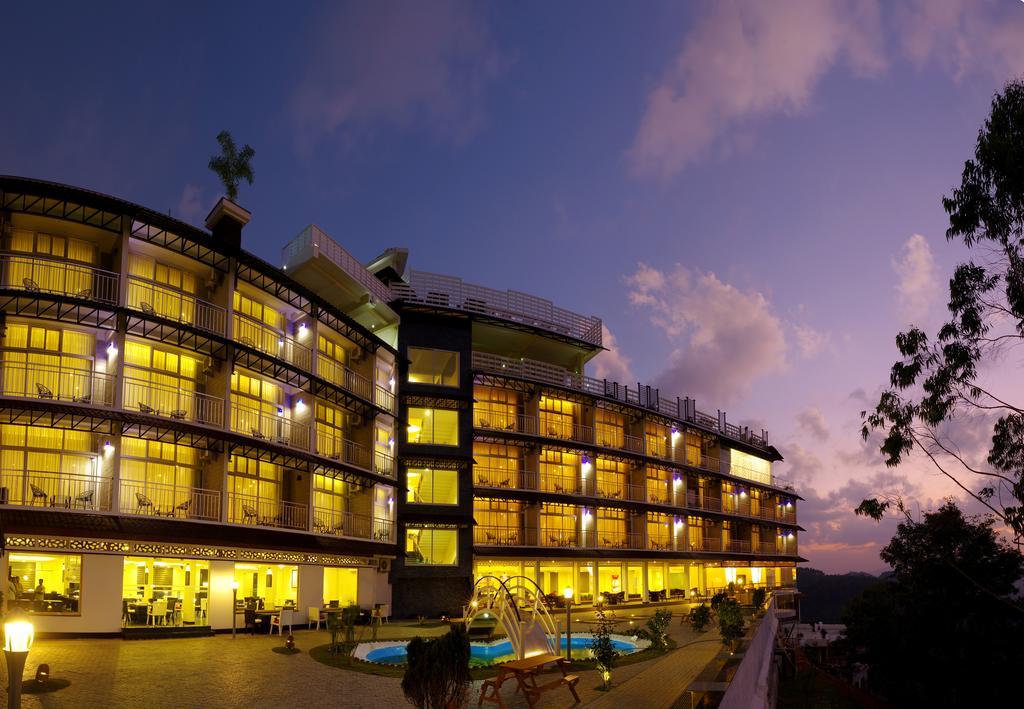 ムンナルのホテル