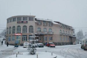 バクリアニのホテル_3