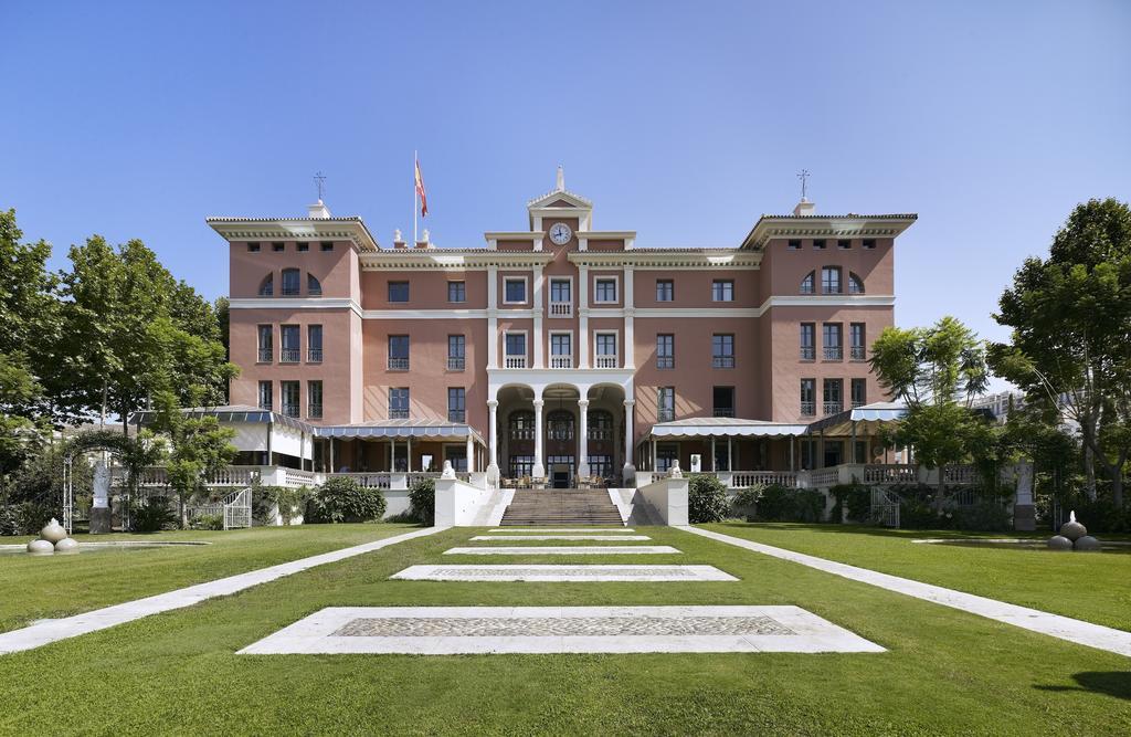エステポナのホテル