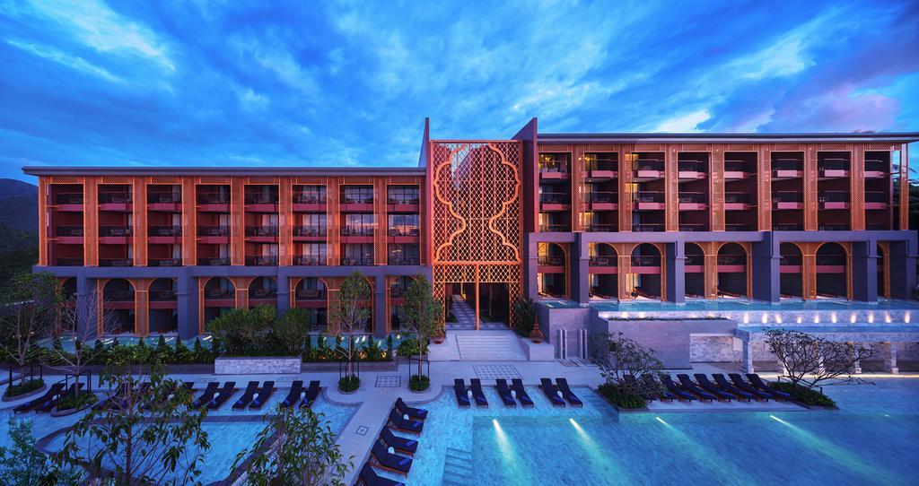 ラワイビーチのホテル