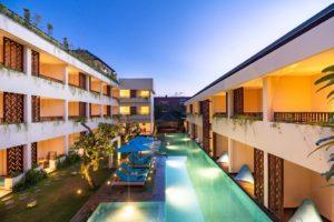 ジンバランのホテル_1