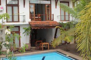 ニゴンボのホテル_1