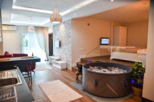 ウルツィニのホテル_1