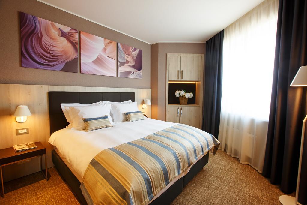チュメニのホテル_1